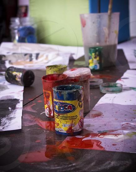 Los Botes de pintura / paint cans photo