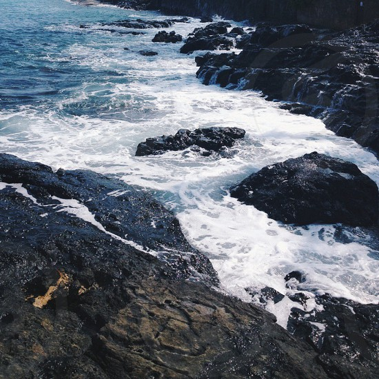 color photo of ocean tide photo