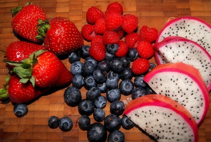 Fresh fruit photo