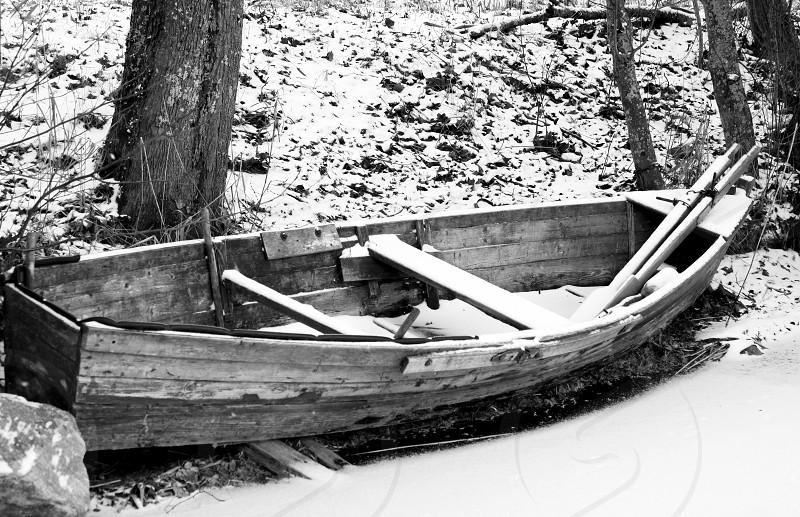 boat frozen winter snow lake blackandwhite wrathered old abandoned photo