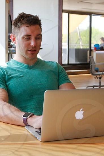 business apple working office computer startup millennial photo