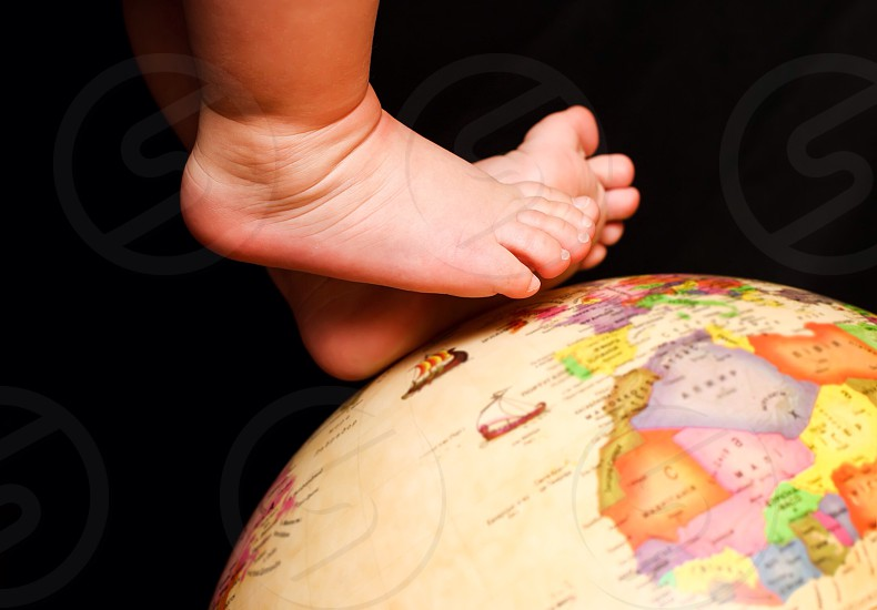 Around the world baby kid people journey travel run walk family happy joy memory photo feelings  photo