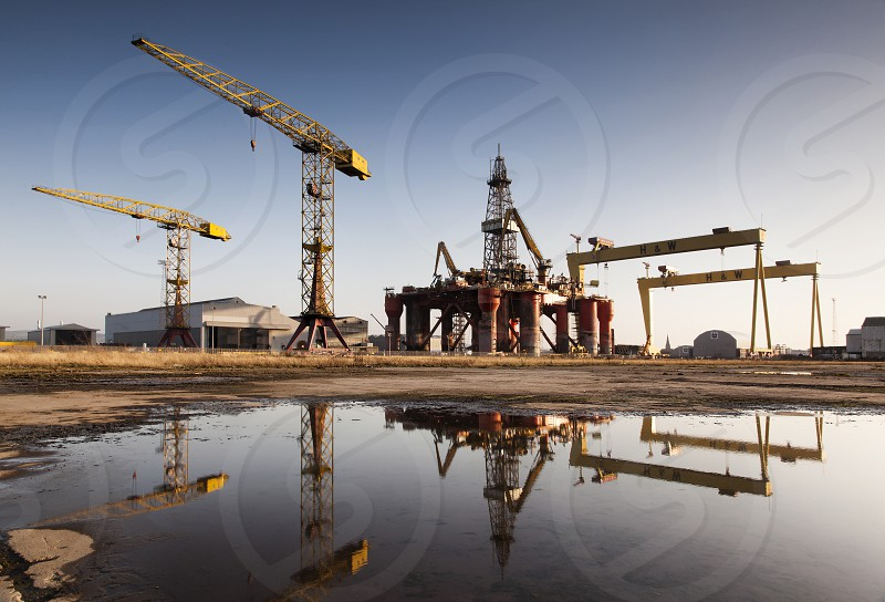 Black Dolphin Oil Rig H&W Harland & Wolf Belfast Northern Ireland Cranes Reflection photo