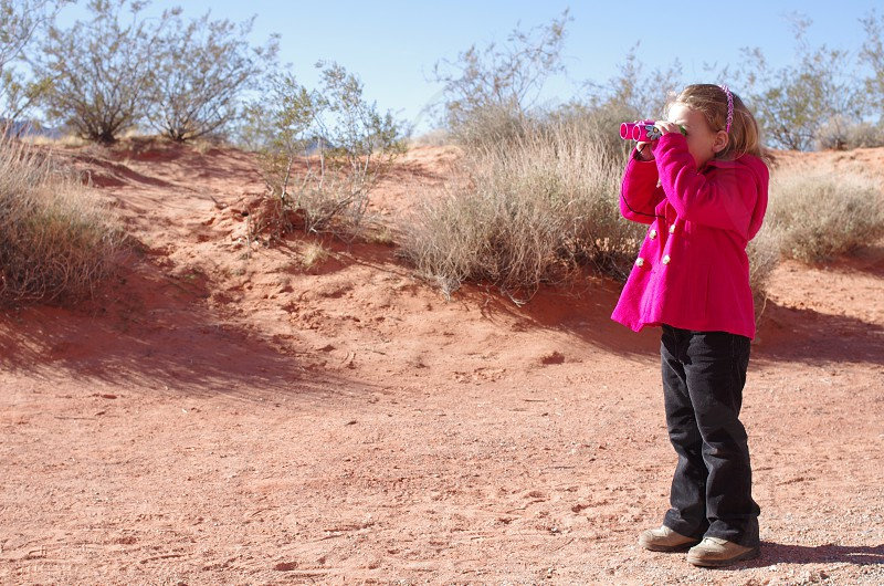 desert binoculars girl winter photo