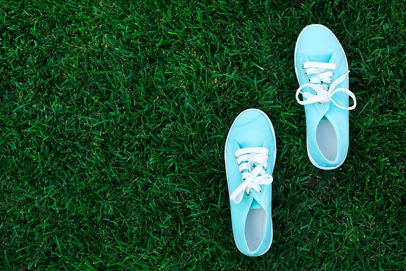 Mint shoesgrasssummerjoyhappy photo