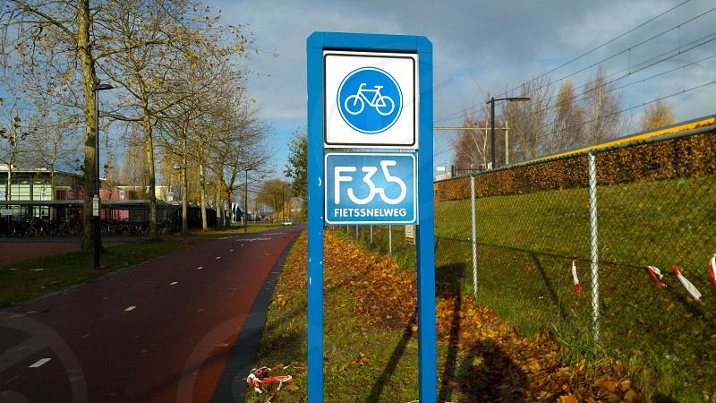 In Enschede - Overijssel is the starting point of the first ever cycling highway photo