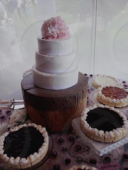 white three layered wedding cake photo