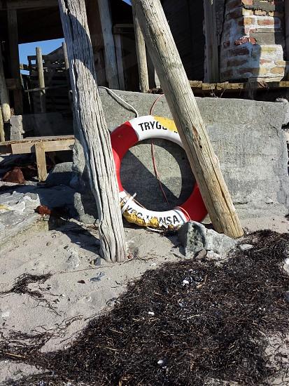 Ring-buoy photo