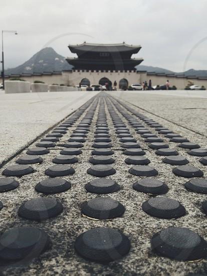 grey circle shaped path way photo