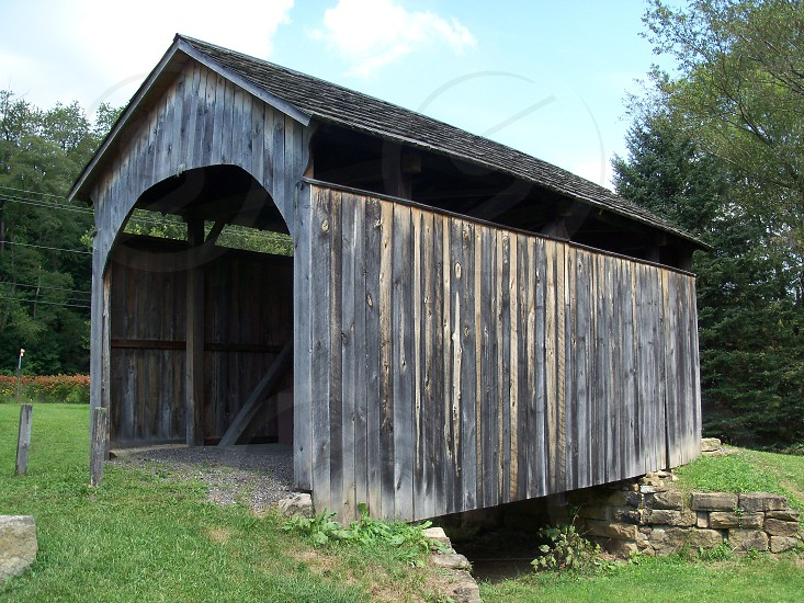 covered bridge photo