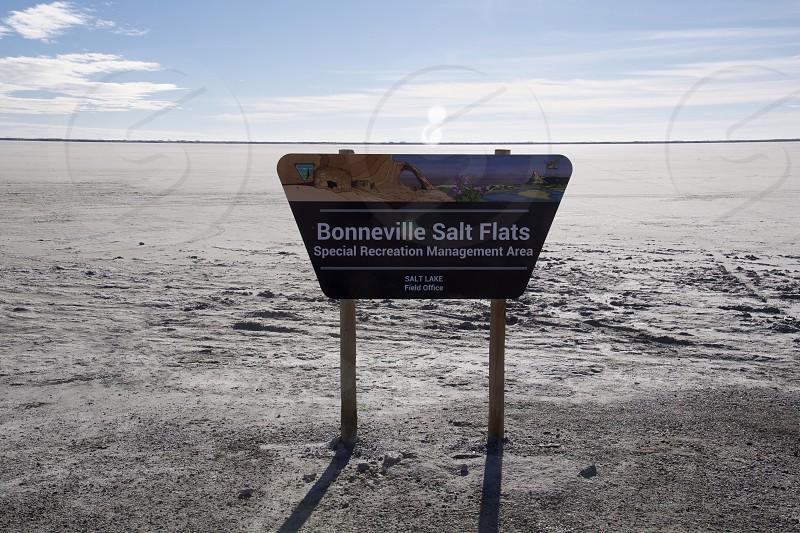 Bonneville Salt flats photo