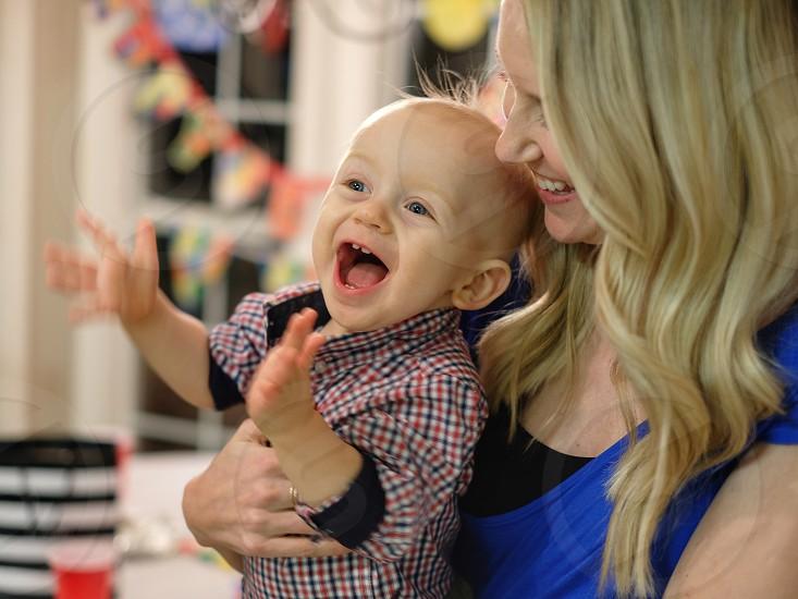 Surprise happy child emotion joy action  photo
