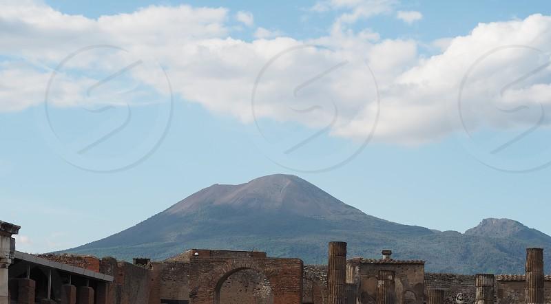 ヴェスビオ火山とポンペイ遺跡 photo