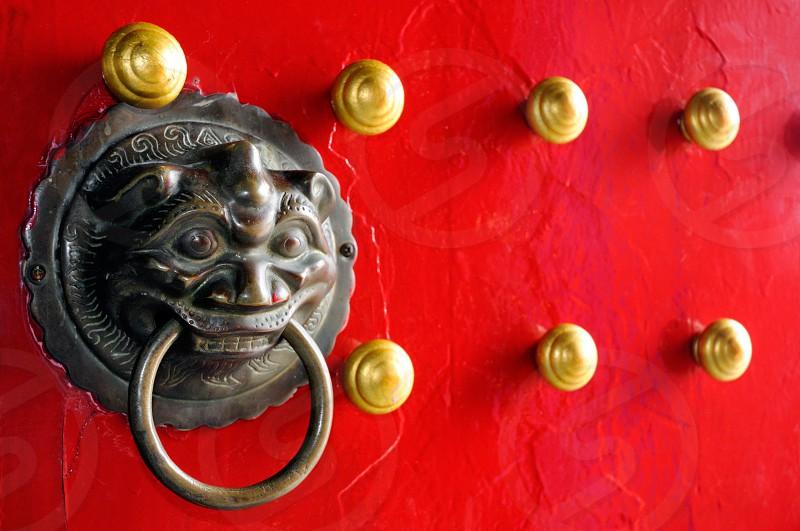 door knocker retro art wood object red relic door knob old vintage oriental chinese classic nostalgia wooden architecture antique nobody horizontal photo