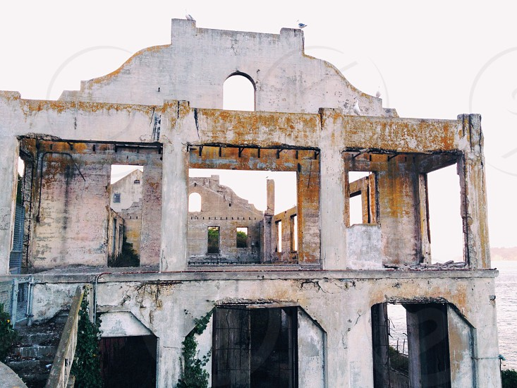grey concrete building photo