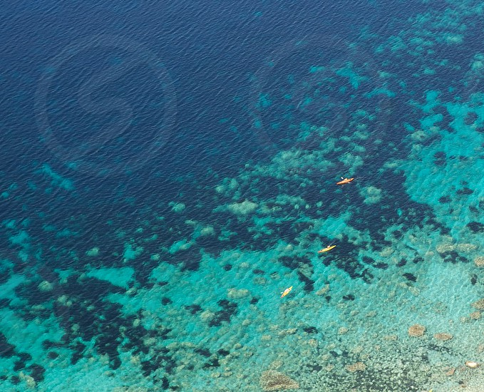 clear ocean water photo