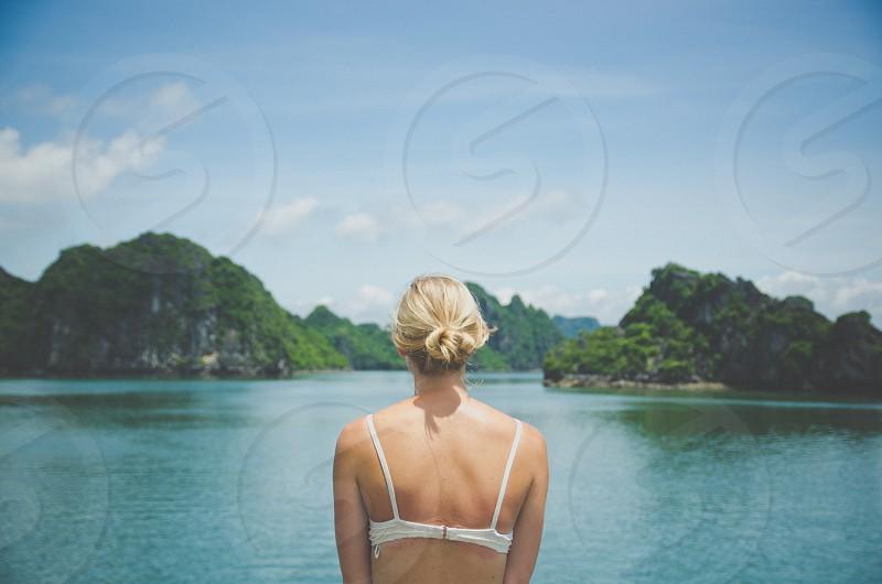 women's white bra photo