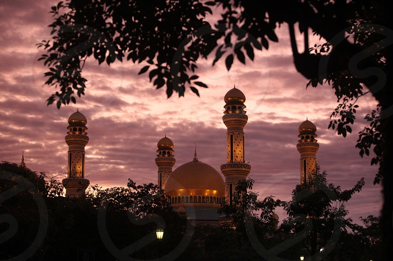 ASIA BRUNEI BORNEO BANDAR SERI BEGAWAN DARUSSALAM MOSQUE ARCHITECTURE LANDMARK MINARET CITY photo