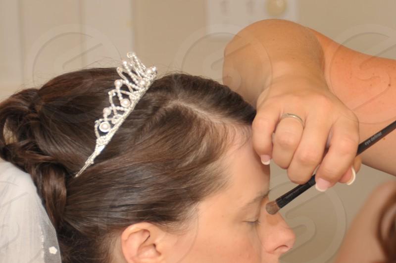 makeup application photo