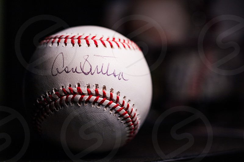 BaseballsignaturesportsautographfastballDon SuttonMLBmemorabiliasports memorabiliadark photo