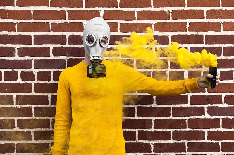 Gas mask gas yellow photo
