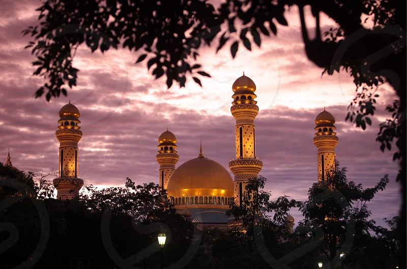 Die Jame Asr Hassanal Bolkiah Moschee im Zentrum der Hauptstadt Bandar Seri Begawan im Koenigreich Brunei Darussalam auf Borneo in Suedostasien.  photo
