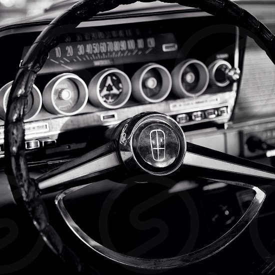 steering wheel and speedometer photo