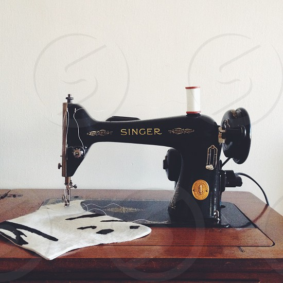 black singer sewing machine photo