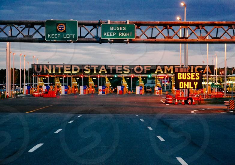 USA Border crossing signs photo
