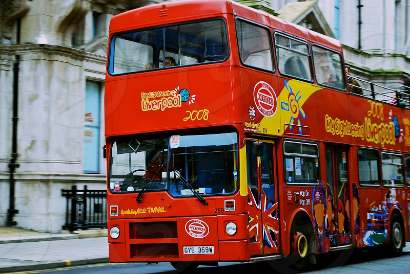 red double deck bus photo