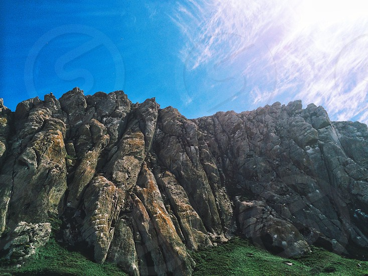 gray rock formation photo