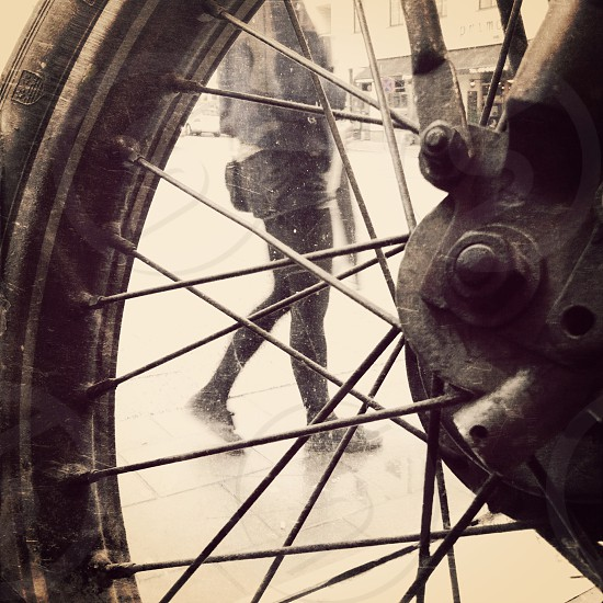 motorcycle wheel photo