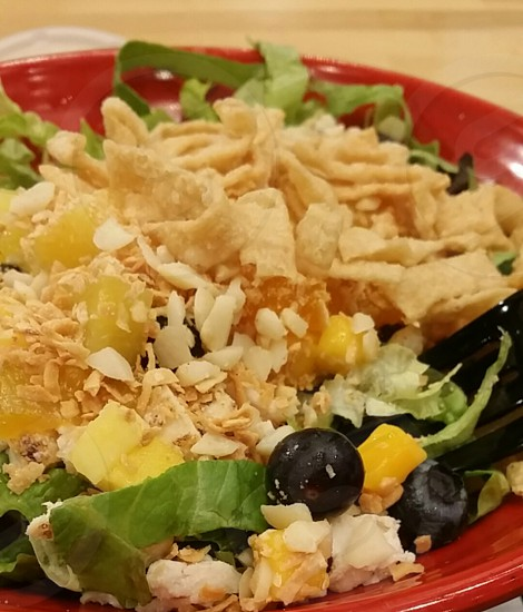 salad meal food dinner healthy lunch blueberry blueberries red bowl lettuce photo