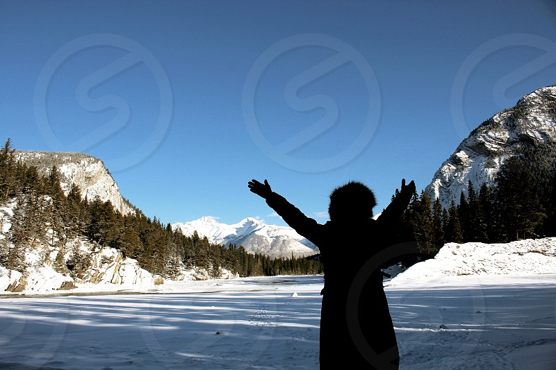 Banff mountains forest trees snow winter Alberta Canada travel explore roadtrip free photo