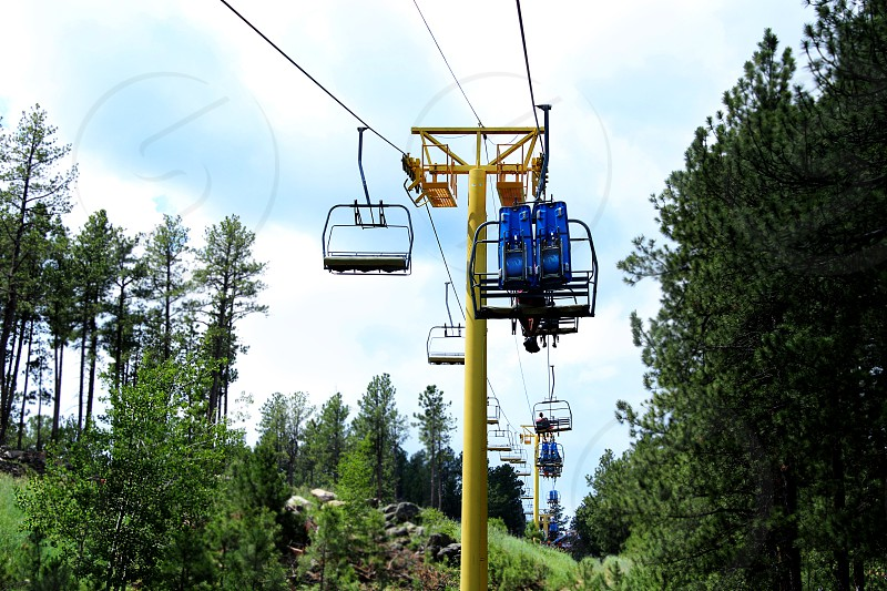 blue and black cable cars photo