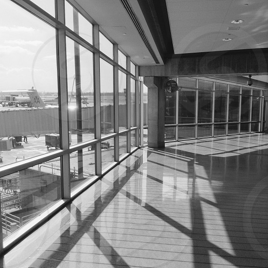 air port viewing area photo