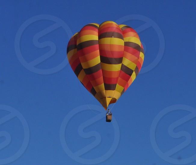Minimalism hot air Balloon  photo