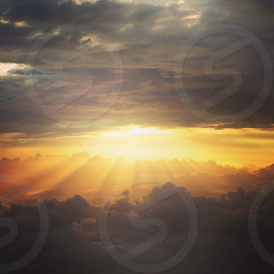 focused photo of sunset with cloud background photo