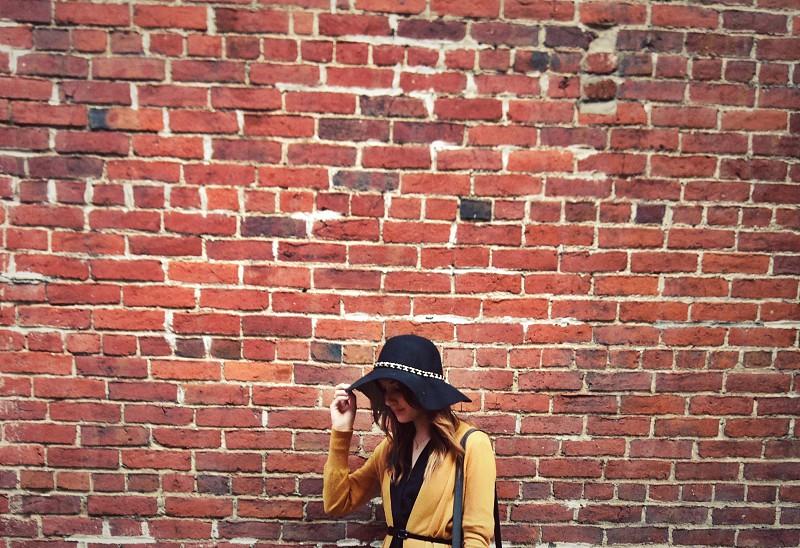 Friends & Walls photo