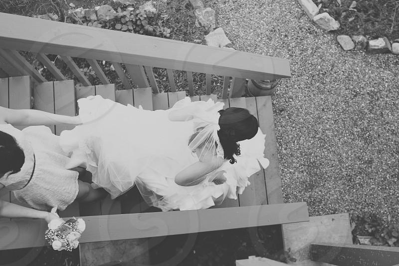 woman in white wedding dress   photo