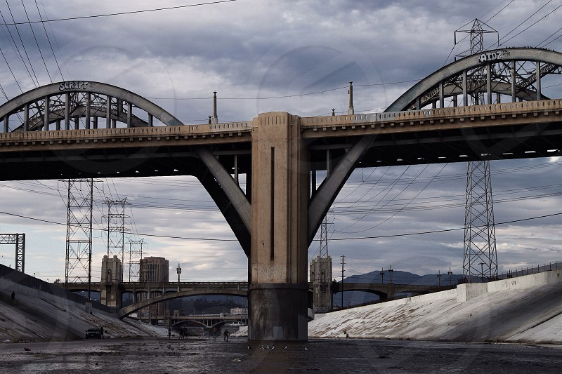 6th st viaduct. photo