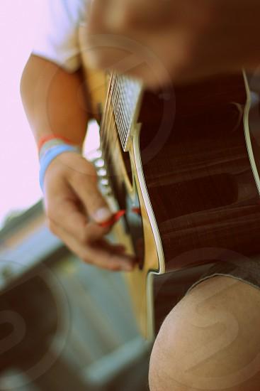 guitar pic music tunes jam summer focus photo
