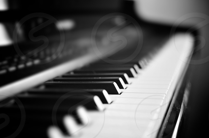 Piano bokeh photo