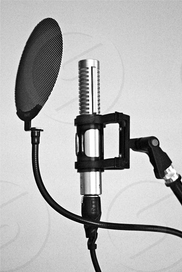 recording mic condenser with black steel stand photo