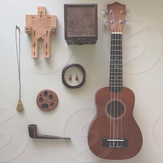 brown guitar photo