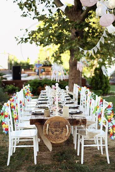 Organization details of a beautiful backyard wedding photo