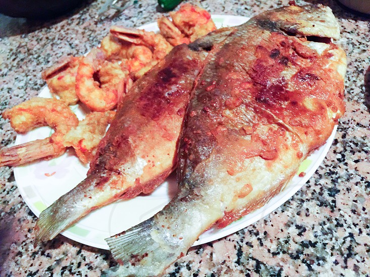 fishshrimpsseafoodfreshyummydelicious  photo