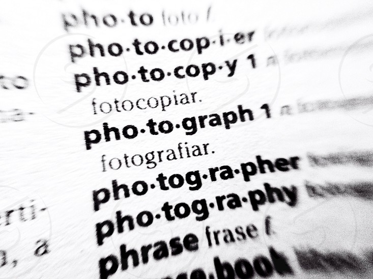 Photograph in Spanish dictionary  photo