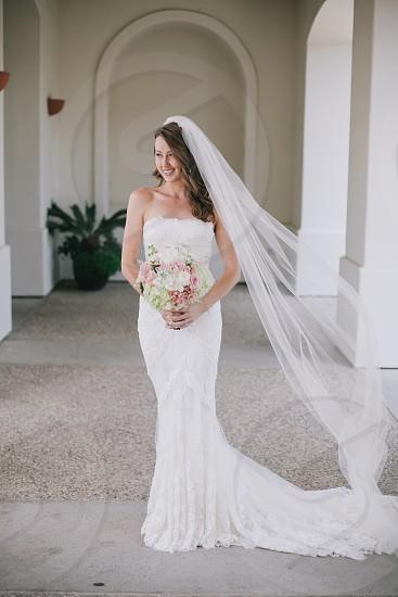 wedding dress bride bouquet photo