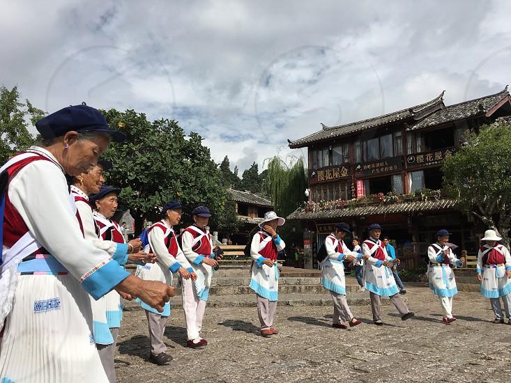 Lijiang local dance photo